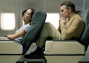 Salva-ginocchia-per-aereo_trolleygirl