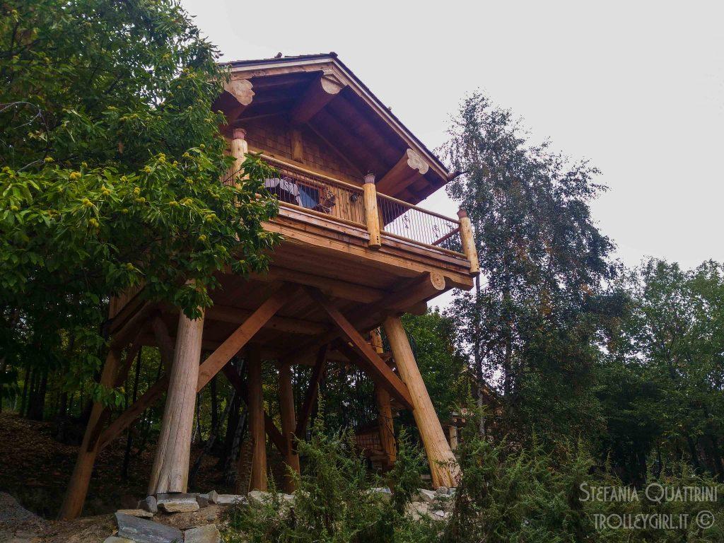 dormire in una casa sull 39 albero